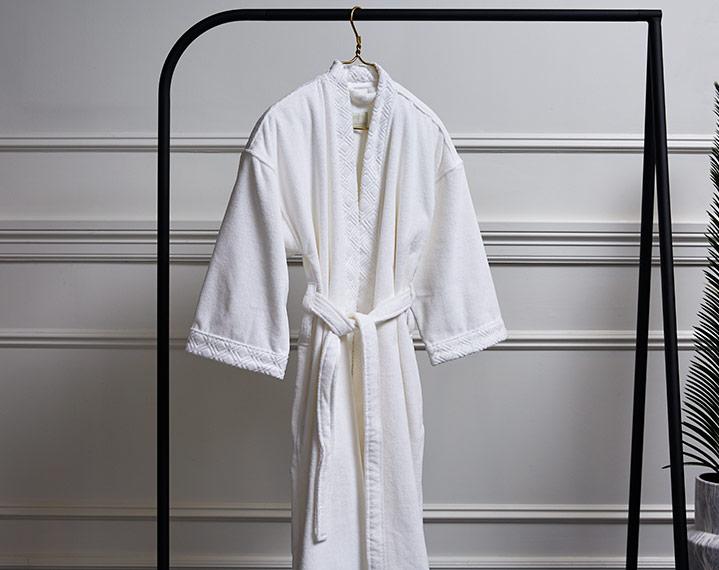 Frette 1860 For St Regis Teen Kimono Robe St Regis